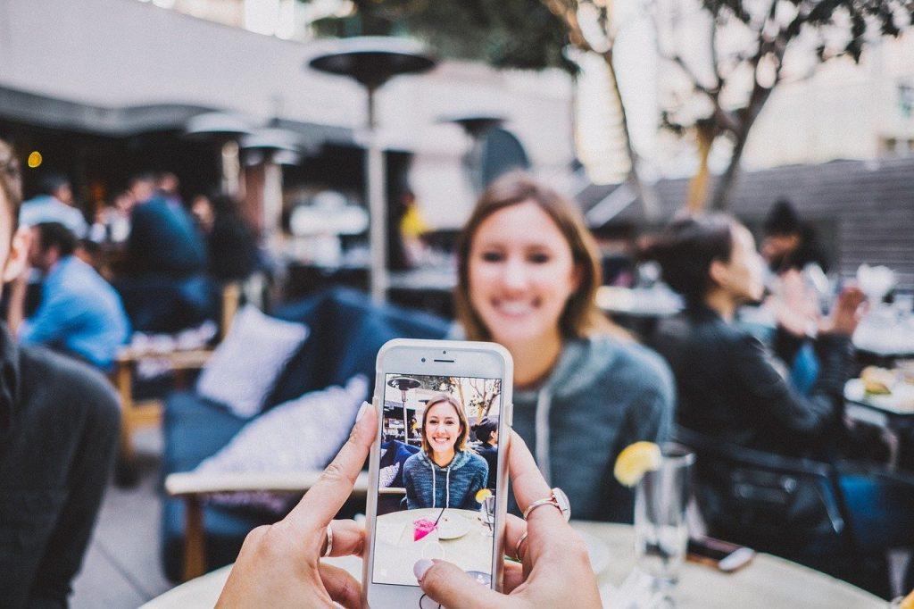 Instagramで動画マーケティング!動画投稿のメリットと活用している企業事例を紹介